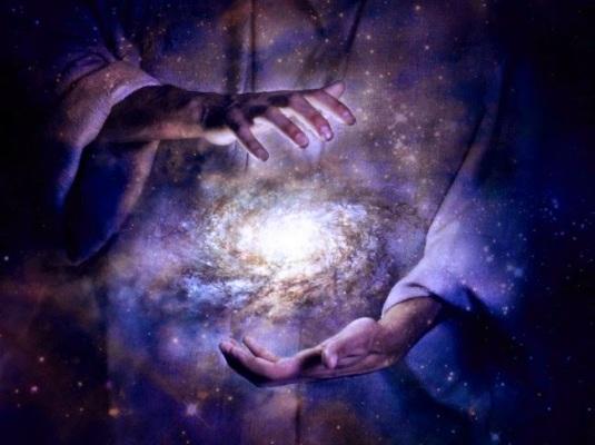 Zuivere handen bewaken het licht